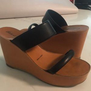 Robert clergerie wedge shoe